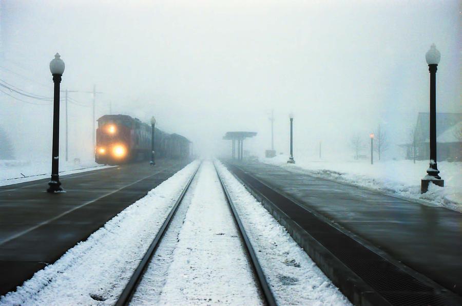 Trenurile circulă în condiții de iarnă și pot ajunge la destinație cu întârziere