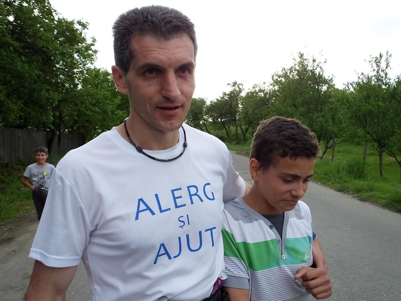 """Ultramaratonul caritabil """"100 for Children"""""""