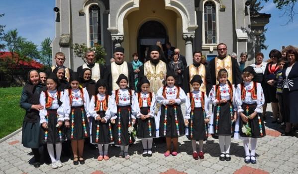 Liturghie Arhierească la Parohia Bocșa