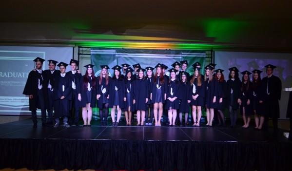 75 % dintre absolvenții liceului Cambridge din cadrul Transylvania College pleacă să studieze la universități de top din Marea Britanie