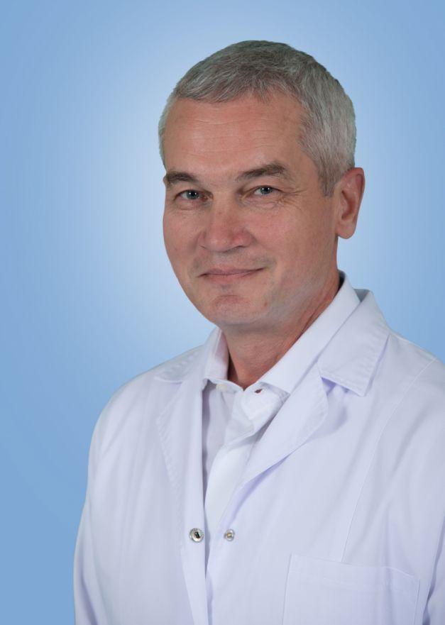 Doctorul Mircea Cotul, omul care salveaza inimi