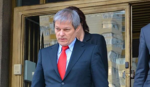 Premierul Dacian Cioloş, în vizită de lucru, la Zalău