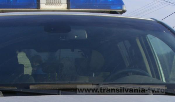 Polițiștii din Zalău au întocmit unui clujean dosar penal pentru conducere fără permis și uz de fals