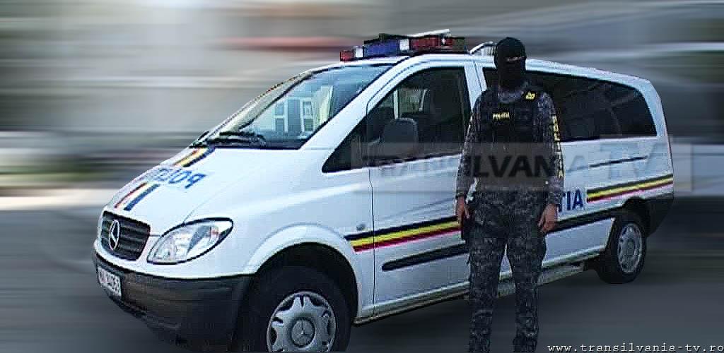 Percheziții efectuate de polițiști în Moiad, Criștelec, Pustă Vale și Cosniciu de Jos. Trei persoane au fost reținute