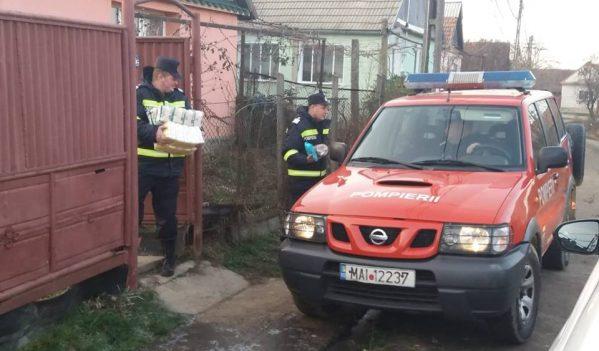 Pompierii sălăjeni au dus cadouri în Nuşfalău, Zalnoc şi Măerişte