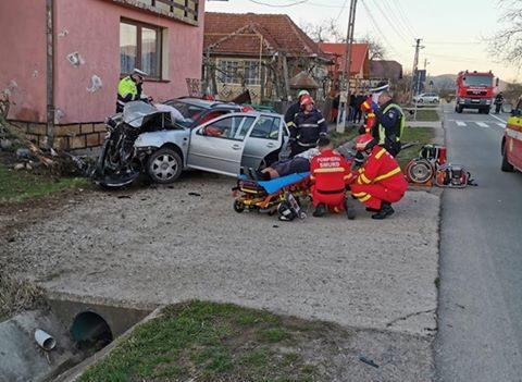 Accident produs în Aluniș