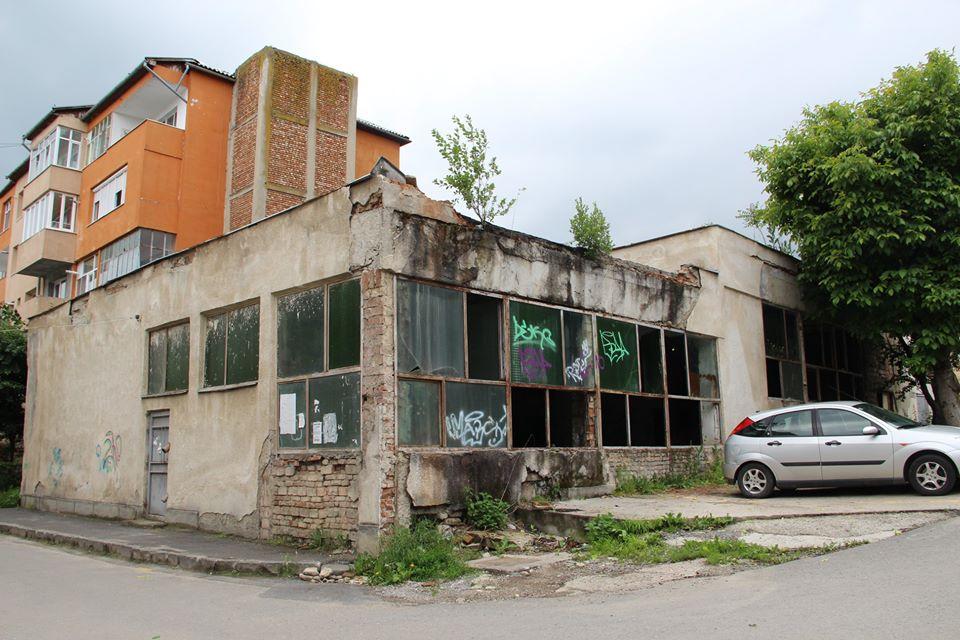 În Zalău începe demolarea punctelor termice aflate în stare avansată de degradare