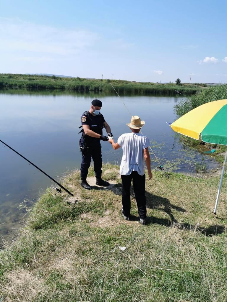 Sancțiuni pe linie piscicolă aplicate de jandarmii sălăjeni